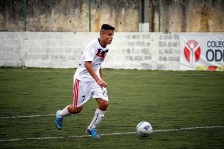 Lucas quer Toca e Sai vencendo o mais rápido possível. Foto: Gabriel Farias.