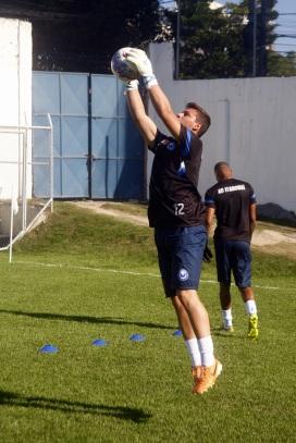 Stov garante Itaboraí motivado no sub-20. Foto: Gabriel Farias.