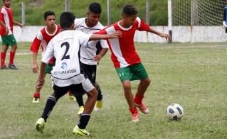 O Juventude (de vermelho) está classificado. Foto: Gabriel Farias.