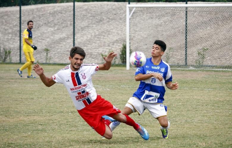 O Gonçalense caiu diante do Olaria no Catarinão, com gol no fim. Fotos: Gabriel Farias.