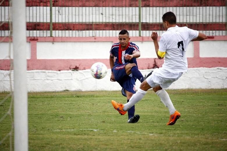 Maurinho teve atuação destacada no ataque tricolor. Foto: Gabriel Farias.
