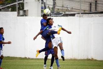 Ivanilson teve muito trabalho na defesa e ainda anotou seu gol. Foto: Gabriel Farias.