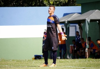 Stov falhou no primeiro gol do Artsul. Foto: Gabriel Farias.